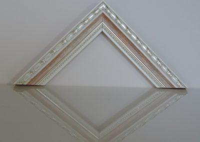 Cornice confettino rosa filo argento