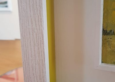Cornice cassetta bianca rigata (3)