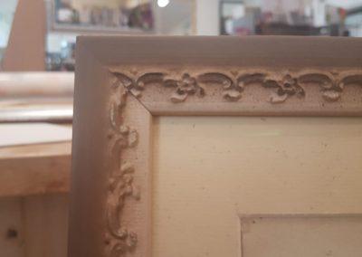 Cornice grafica, lavorazione artigianale pastellata (2)